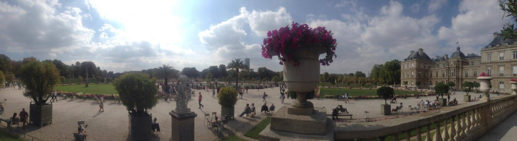 luxembourg gardens panorama: long weekend in paris