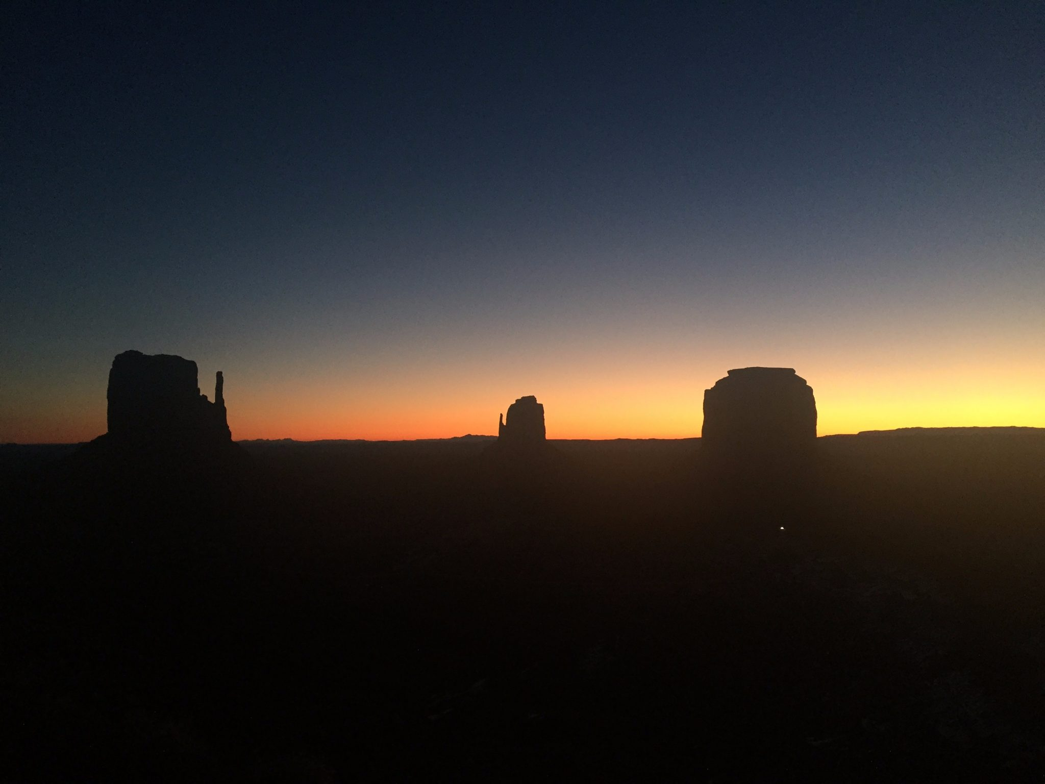 exploring monument valley in pictures