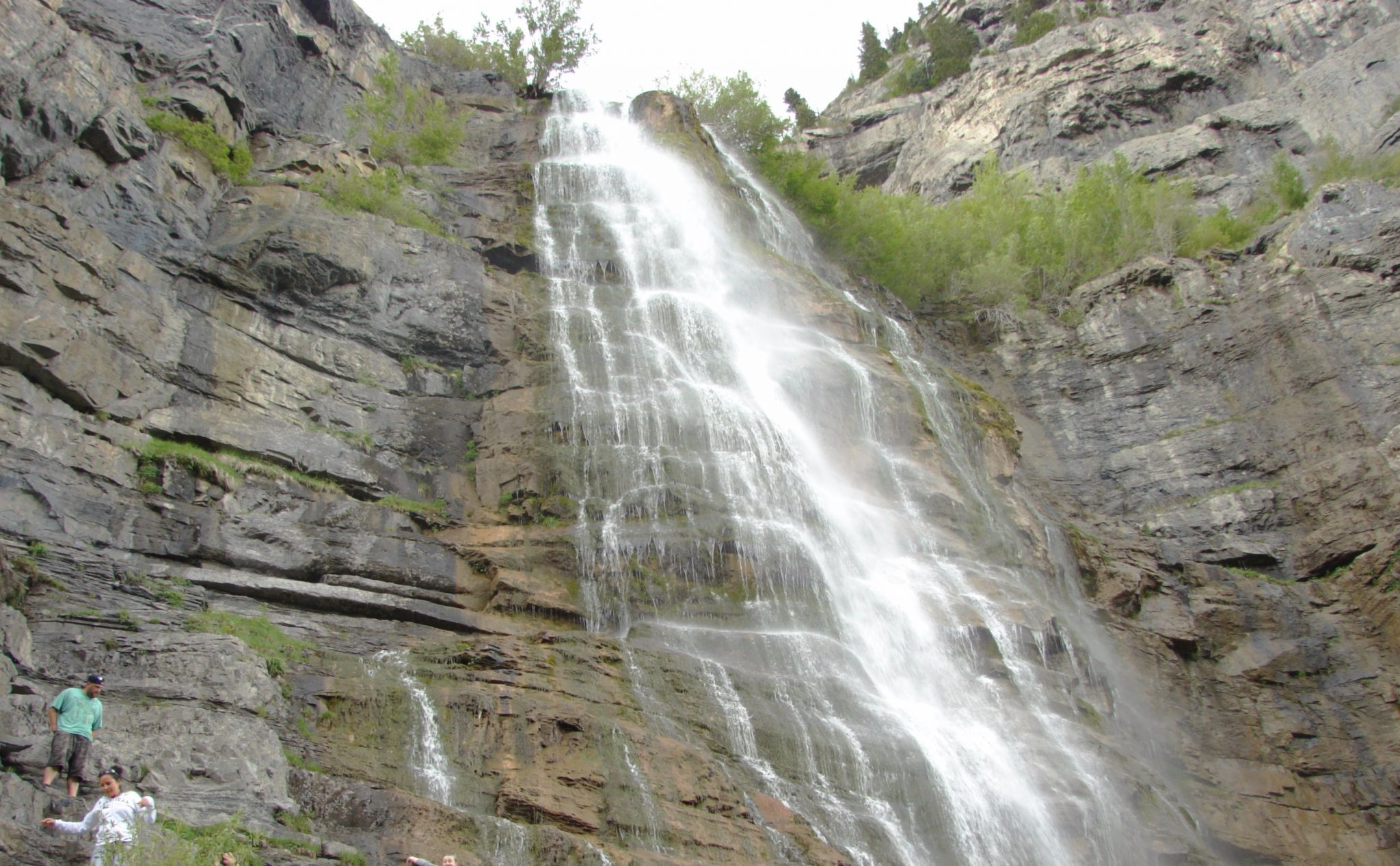 Bridal_Vail_Falls_in_Provo_Canyon
