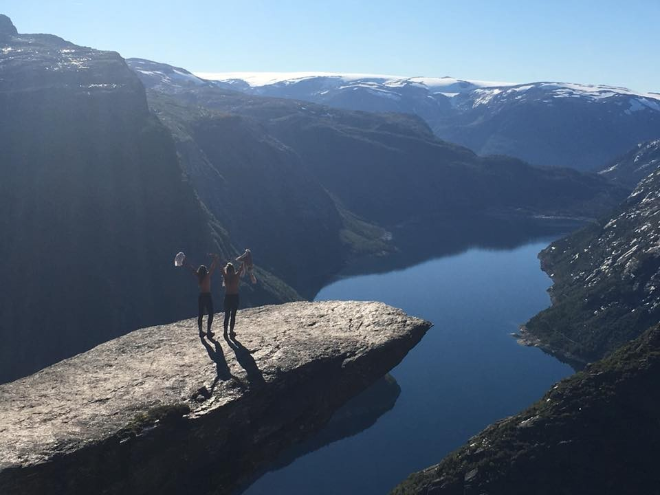 hiking trolltunga 1 week in norway itinerary