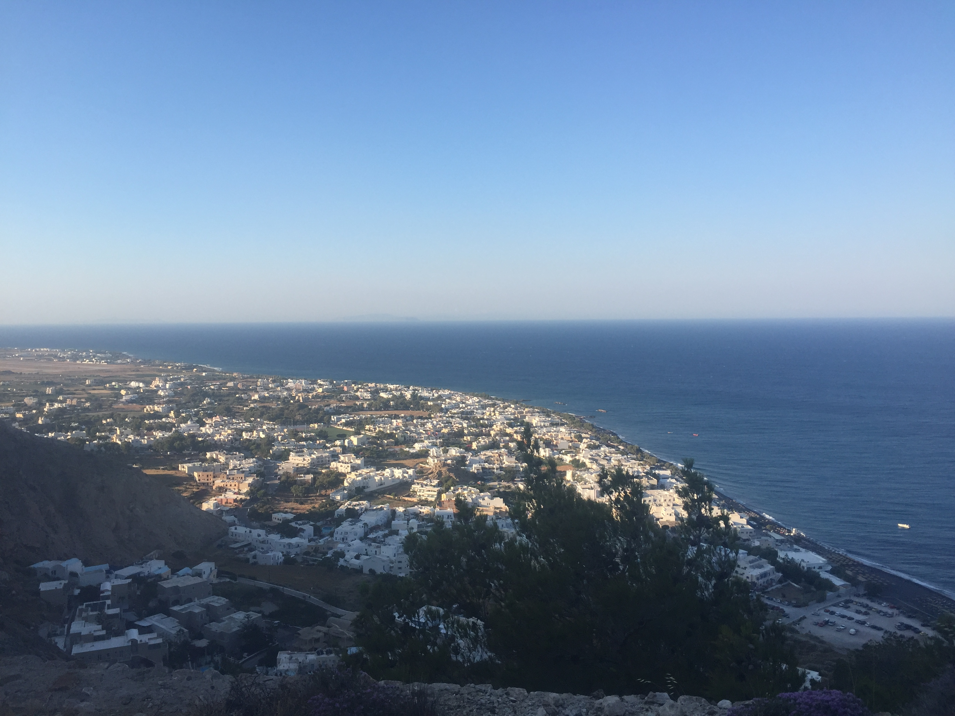 things to do in santorini for younger people